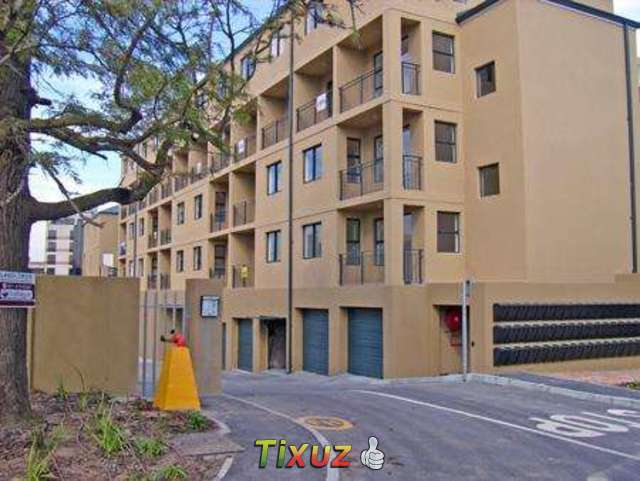 2 Bedroom Simplex Apartment For Sale In Bellville Boston